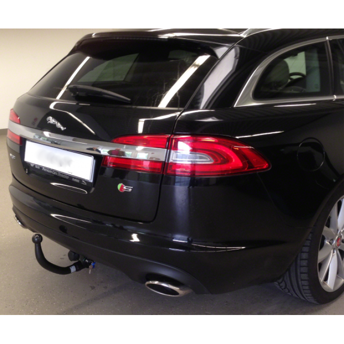 Jaguar Dealer Parts: Jaguar XF (2008-2015) Invisible Towbar