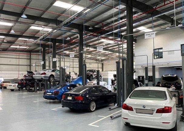 UAE-Towbar-Fitting-Hitch-workshop-Towbar-Fitting-dubai-hitch-install-location